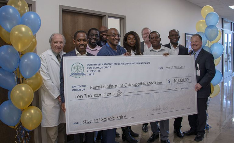 10K Gift to Support Medical Student Scholarships